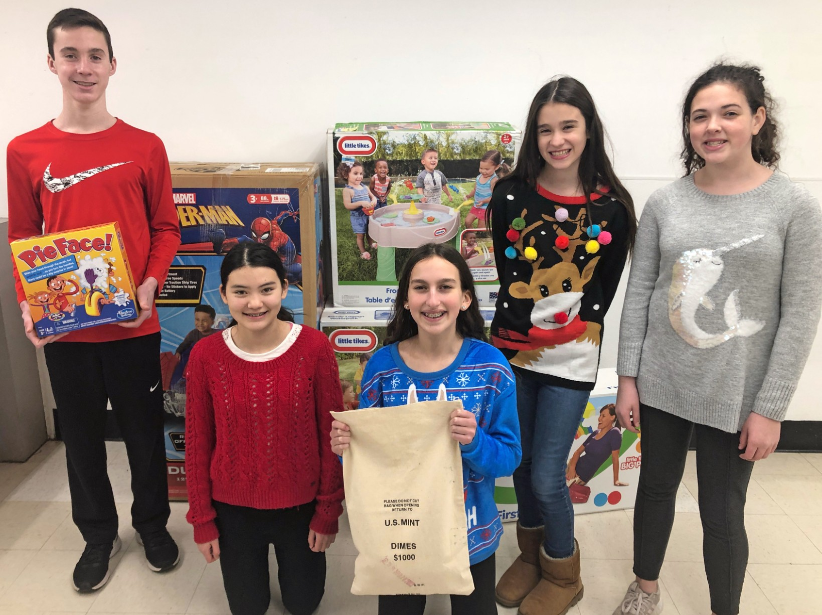 SGA, Indy community raise over $2,000 to pay it forward during holidays