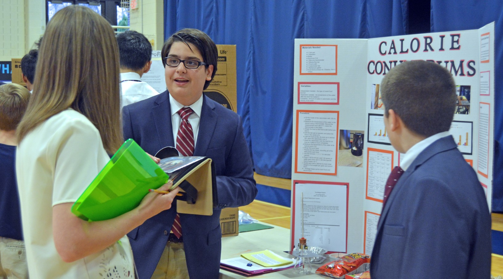 Eighth graders expertly showcase science at Consumer Product event